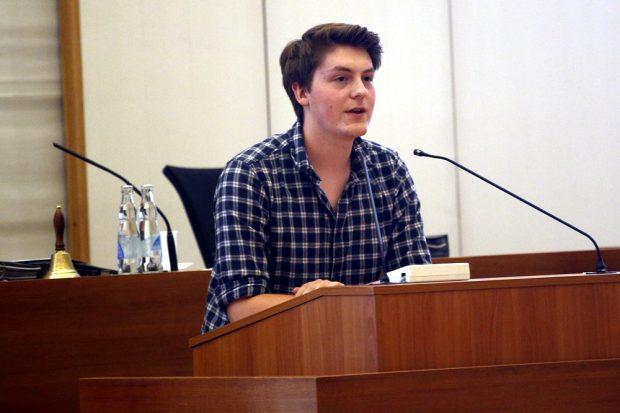 William Rambow vom Jugendparlament Leipzig am 22. Juni 2016 im Stadtrat. Foto: L-IZ.de