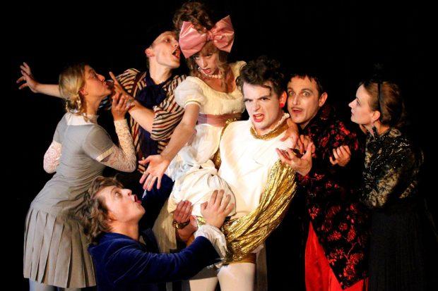 Cammerspiele: Candide oder Die letzte aller möglichen Welten. Foto: Dorothea Wagner