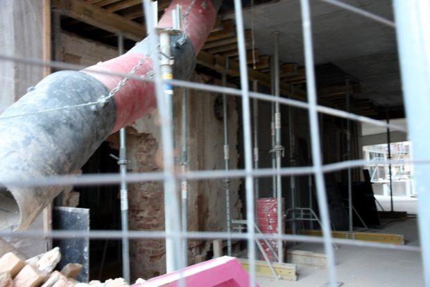 Der Putz ist ab, aber noch wird am Ringmessehaus gebaut. Foto. L-IZ.de