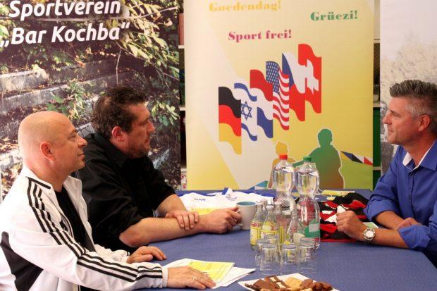 Die Gesprächsrunde: Dr. Thomas Feist (MdB), Christoph Schumacher und Norman Landgraf. Foto: Tüpfelhausen e.V.