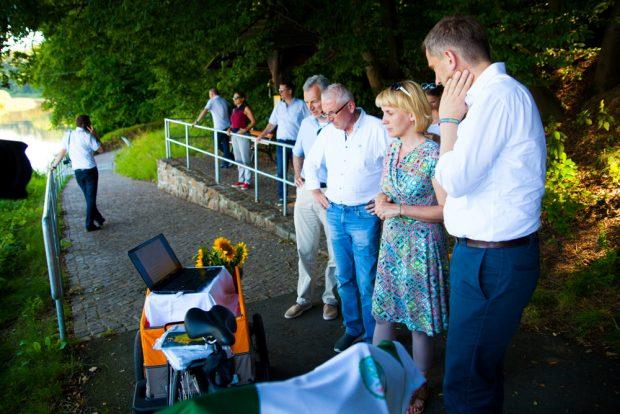 Ministertermin auf dem Mulderadweg bei Höfgen. Foto: LTM/Alexander Klich
