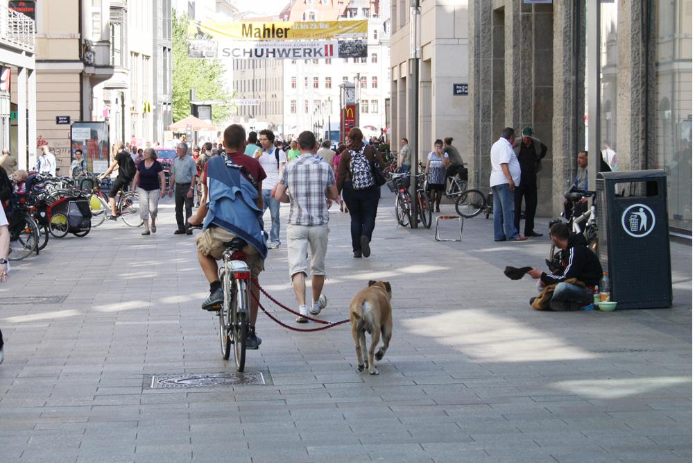 Petersstraße in der Shopping-Zeit. Foto: Ralf Julke