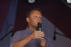 Torsten Bonew (CDU) hat auch Probleme mit homophober Einstellung in Kirchenkreisen.