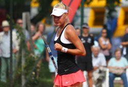 Siegerfaust: Die erst 16-jährige Olesya Pervushina aus Russland gewann überraschend das Leipziger ITF-Turnier. Foto: Jan Kaefer