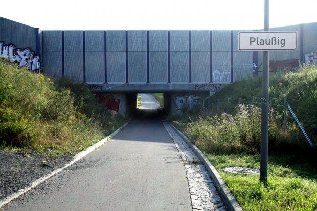 Hier geht's unter der A 14 durch nach Plaußig-Portitz. Foto: Ralf Julke
