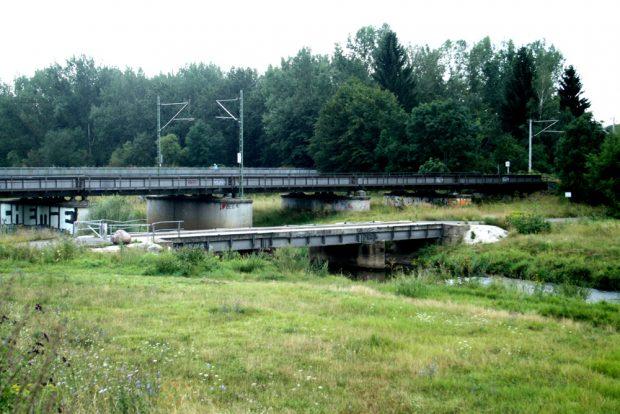 Alte Brücke zur Deponie Möckern. Foto: Ralf Julke