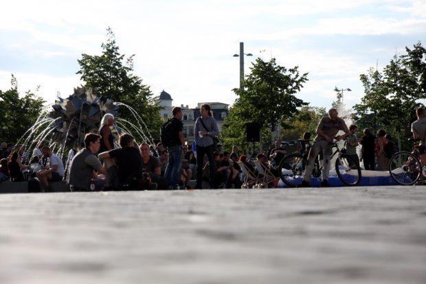 Chillen auf dem Wagnerplatz. Foto: L-IZ.de
