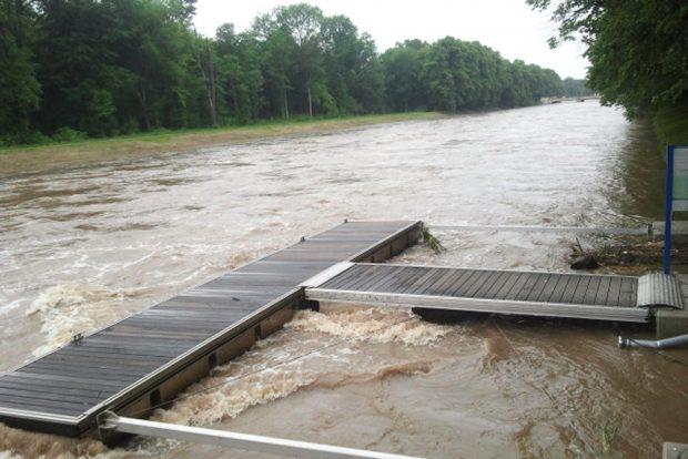 Hochwasser am Elsterflutbett 2013. Foto: Marko Hofmann