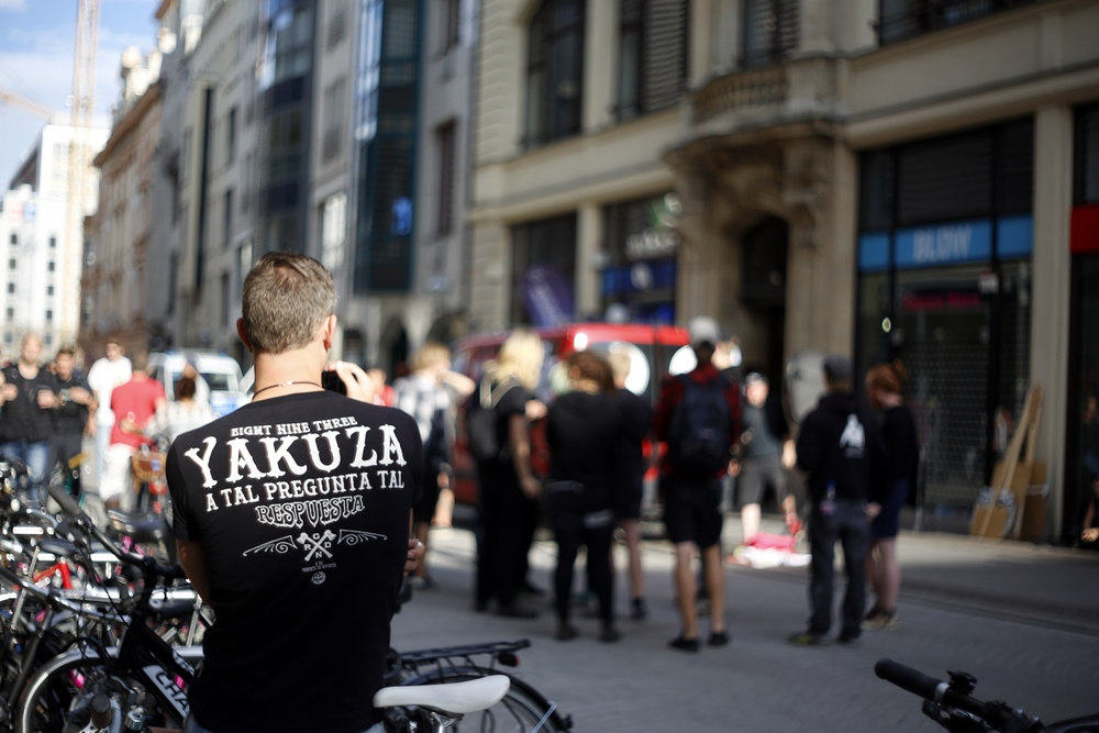 Im Mittelpunkt der Kritik der Brühl-Kundgebung: Die Marke Yakuza. Foto: Alexander Böhm