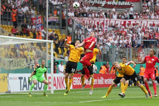 Dynamo und RBL lieferten sich am Samstagnachmittag ein umkämpftes Duell. Foto: GEPA Pictures