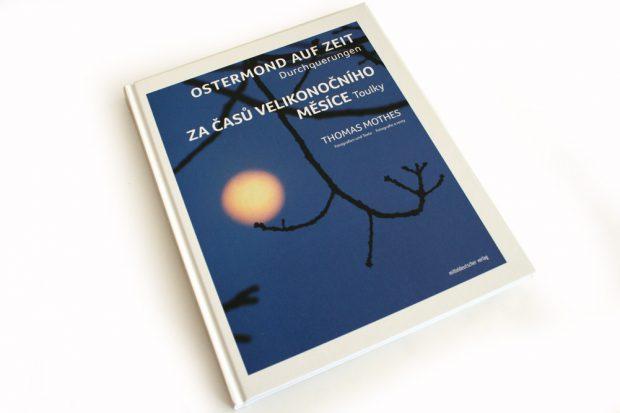 Thomas Mothes: Ostermond auf Zeit. Foto: Ralf Julke