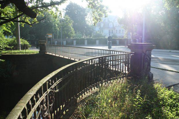 Gohliser Wehrbrücke. Foto: Ralf Julke