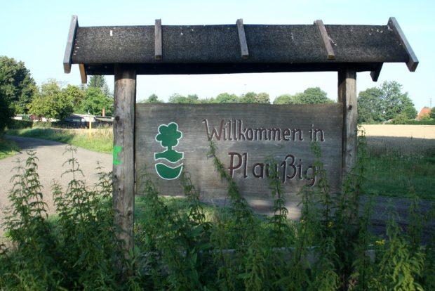 Willkommen in Plaußig im Partheland. Foto: Ralf Julke