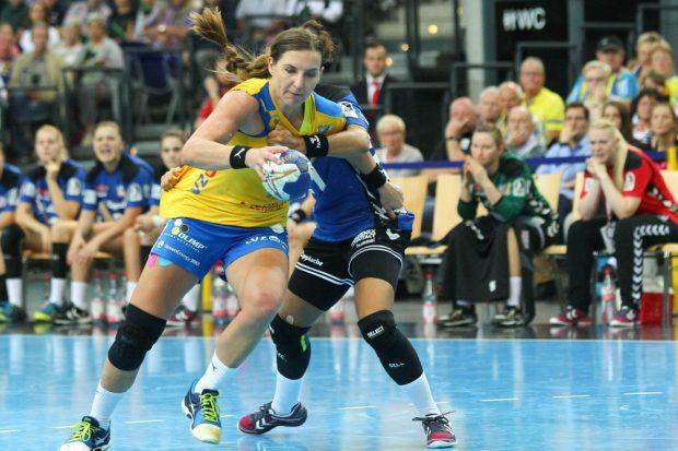Innerhalb von zehn Minuten riss Karolina Kudlacz-Gloc mit acht Treffern das Ruder herum. Foto: Jan Kaefer