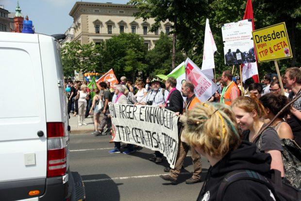TTIP/CETA-Demo am 28. Mai 2016. Am Samstag nicht mehr gemeinsam in Leipzig - Die Grünen wollen nach Berlin. Foto: L-IZ.de