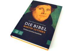 Margot Käßmann, Martin Rösel (Hrsg.): Die Bibel Martin Luthers. Foto: Ralf Julke