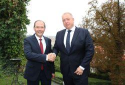 Staatsminister Markus Ulbig mit Innenminister der Tschechischen Republik, Milan Chovanec in Prag. Foto: SMI