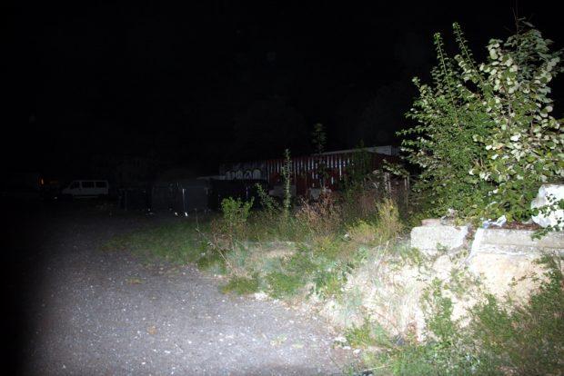 Baumfrei. Die Fläche für den REWE, rechts vom Felsenkeller an der Zufahrt Zschochersche Straße. Foto: L-IZ.de