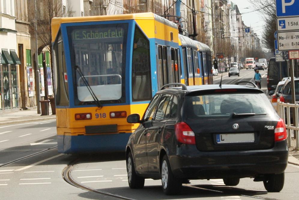 Straßenbahn in der Eisenbahnstraße. Foto: Ralf Julke