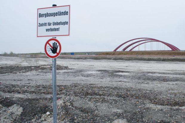 Das künftige Baugelände für den Harthkanal am Cospudener See. Foto: Ralf Julke