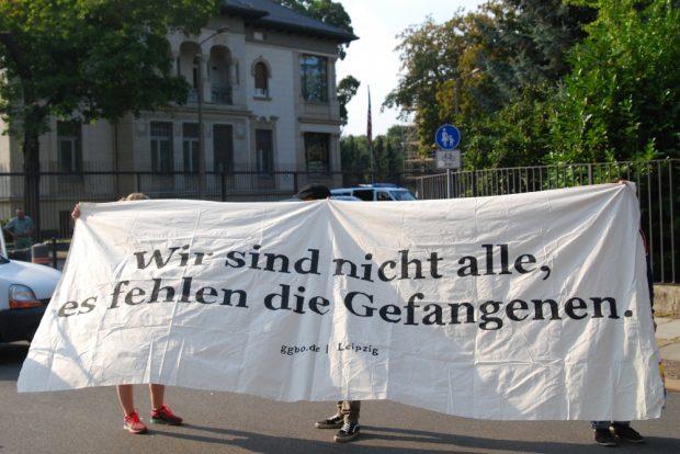 Die Demonstranten fordern die Abschaffung von Gefängnissen. Foto: René Loch