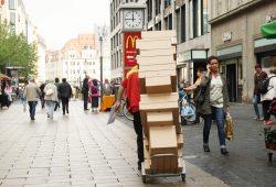 Die Post ist da. Foto: Ralf Julke