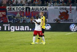 Der eingewechselte Rasenballer Keita entscheidet das Spiel mit seinem Tor. Foto: Alexander Böhm