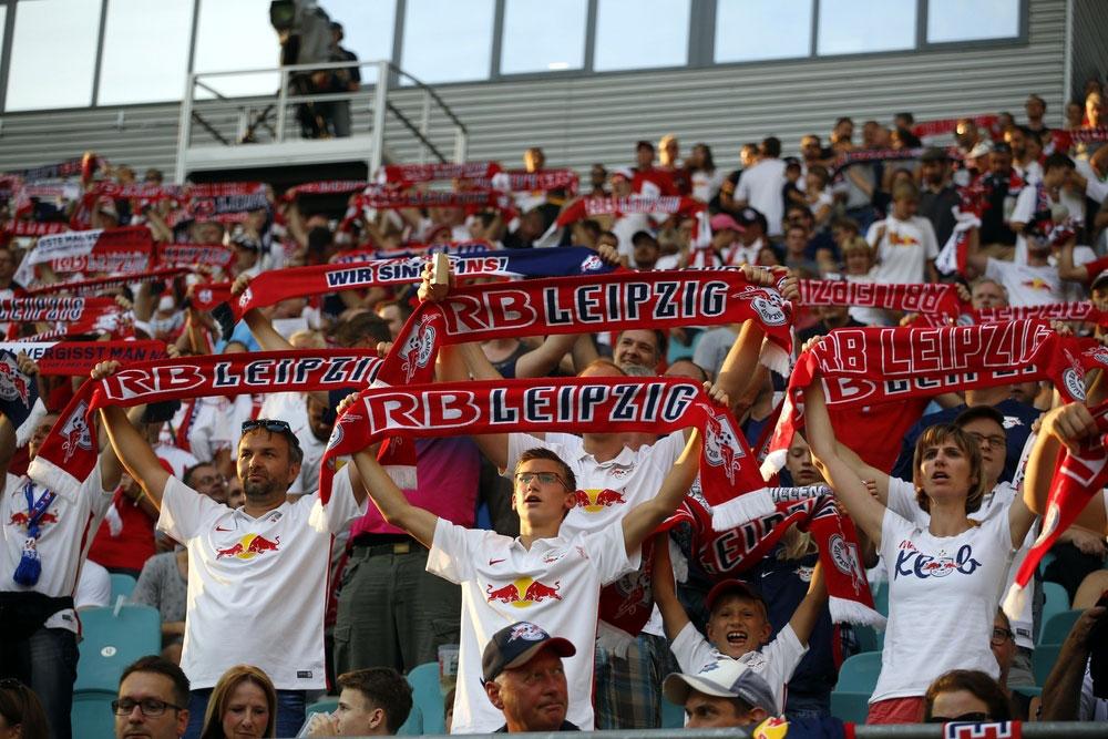 Fans von RB Leipzig. Foto: Alexander Böhm