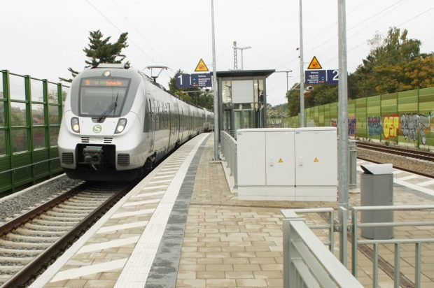 S-Bahn in Markkleeberg-Nord. Foto: Ralf Julke