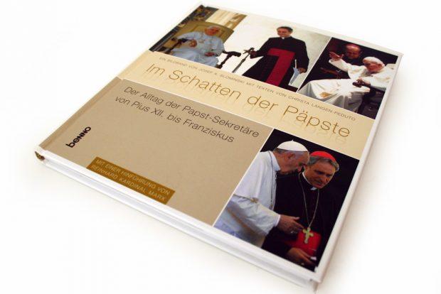 Christa Langen-Peduta, Josef A. Slominski: Im Schatten der Päpste. Foto: Ralf Julke