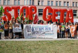 Leipziger Akteure der Stop-CETA-Demo. Foto: Ralf Julke