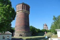 150 Jahre Wasserversorgungsanlage Probstheida: Der Wasserturm vis-a-vis des Völkerschlachtdenkmals. Foto: Leipziger Wasserwerke
