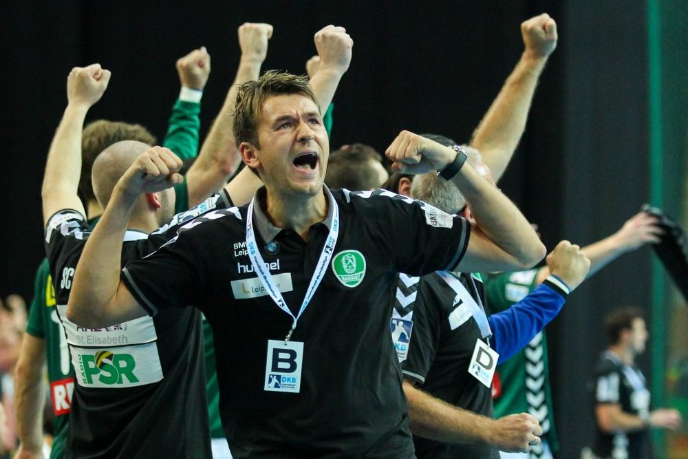 Doppelter Jubel: DHfK-Coach Christian Prokop kann sich sowohl über zwei Punkte als auch über die Vertragsverlängerung bis 2021 freuen. Foto: Jan Kaefer