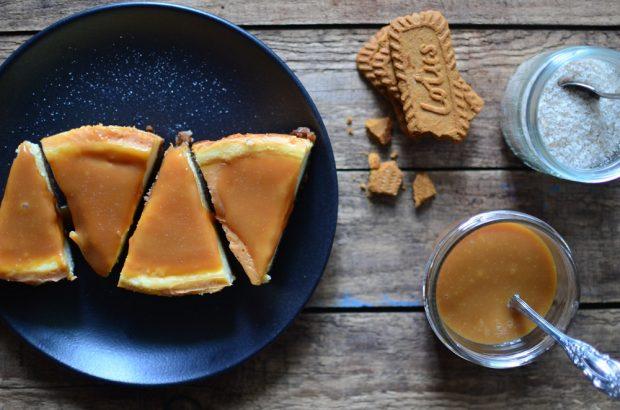 Cheesecake mit Karamellcreme und Meersalz. Foto: Maike Klose