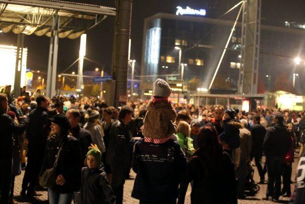 Das Lichtfest (2015). Eher ein Erinnerungsfest, bei dem man den Kindern von 89 erzählt. Foto: L-IZ.de