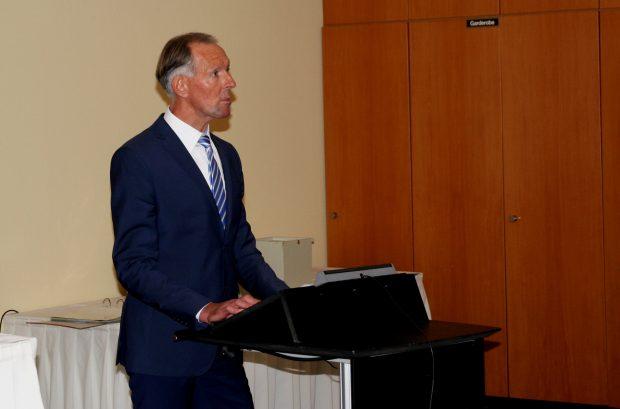 Jens Lehmann bei seiner Rede. Foto: L-IZ.de