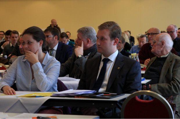 Michael Weickert kurz vor seinem Redebeitrag. Foto: L-IZ