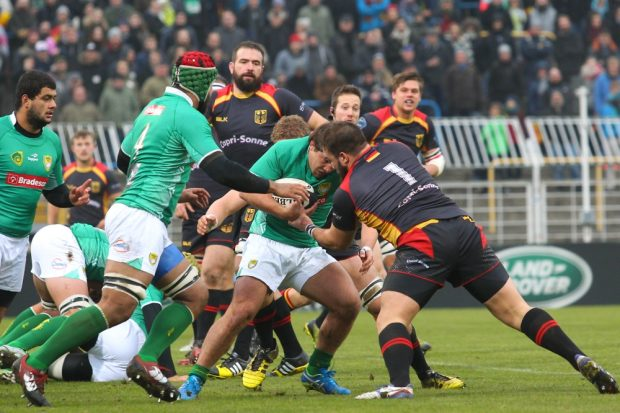 Gerangel in Probstheida: Das deutsche Rugby-Team behielt gegen Brasilien erneut die Oberhand. Foto: Jan Kaefer