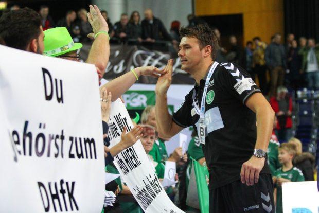 Mit zahlreichen Aktionen machten die DHfK-Fans deutlich: Trainer Christian Prokop soll in Leipzig bleiben! Foto: Jan Kaefer