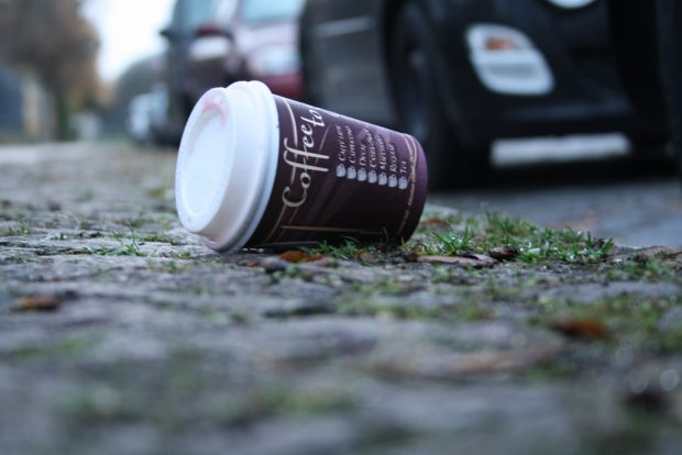 Coffee to go. Foto: Ralf Julke