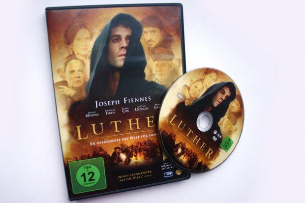 """Die """"Luther""""-DVD. Foto: Ralf Julke"""