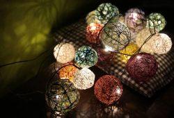 Eigene Lichterketten bauen. Foto: Peggy Kindermann-Weber
