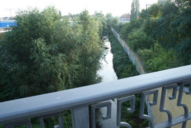Die Parthe an der Brandenburger Brücke. Foto: Ralf Julke