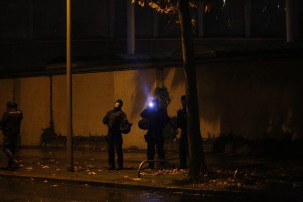 Polizisten bei einer Demo-Beobachtung in Leipzig. Foto: L-iZ