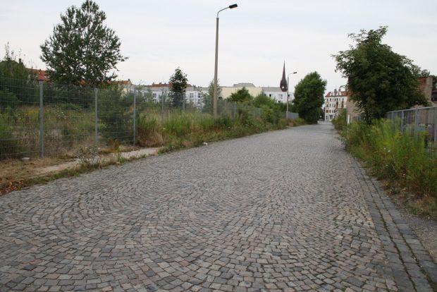 Schulze-Delitzsch-Straße mit Brachfläche. Foto: Ralf Julke