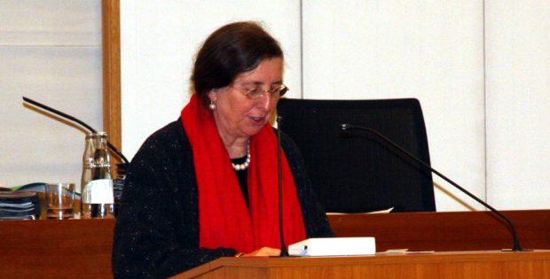 Dorothee Dubrau im Stadtrat bei der Antwort auf die Fragen der IG Ostwache. Foto: L-IZ.de