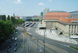 Die aktuelle Situation am Bahnhofsvorplatz. Foto: Ralf Julke