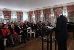 Dr. Rodekamp bei seiner Festansprache vor den Festgästen. Foto: Anika Schydlo