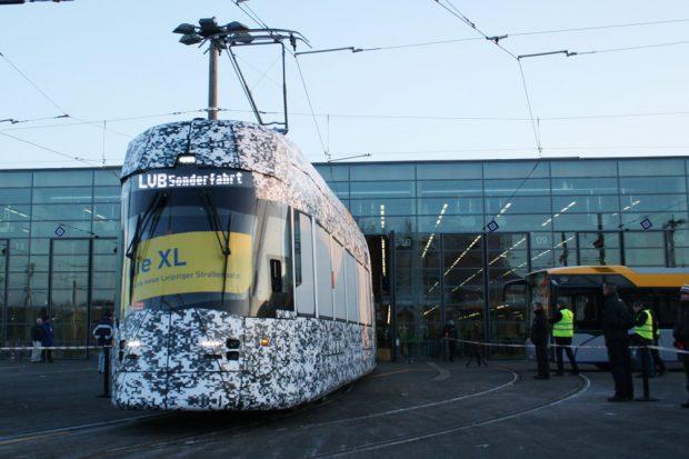 Der neue XL der LVB. Foto: Ralf Julke