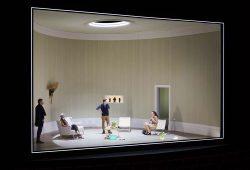 """""""Der Gott des Gemetzels"""" im Schauspiel Leipzig. Foto: Rolf Arnold"""